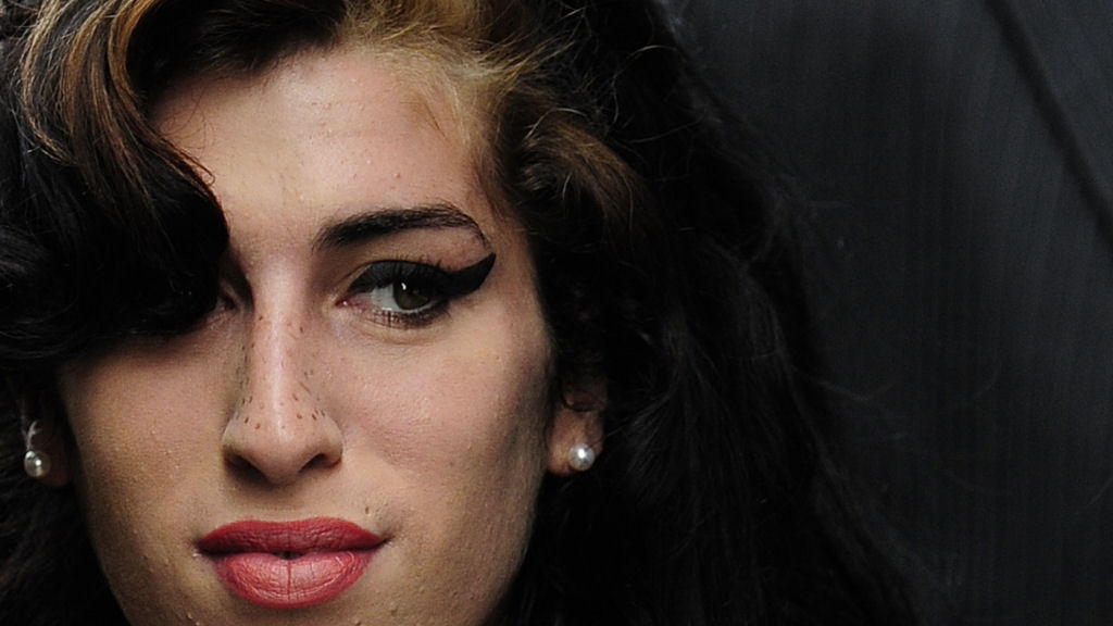 Amy Winehouse Post Mortem Inconclusive Channel 4 News